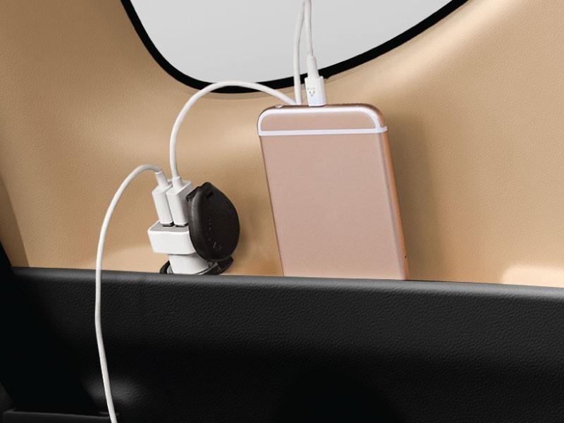 power-outlet-belakang